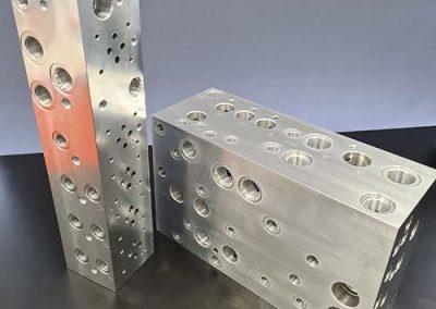 QMS gallery- Large manifold block